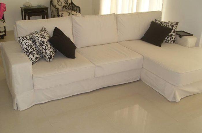 Capa para  Sofá em Tecido  Sarja Branca