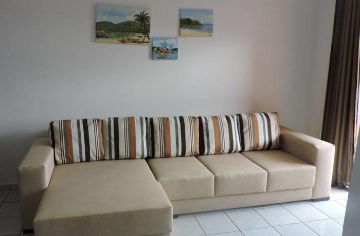 Reforma de Sofá com Chaise em Tecido Impermeável Acapulco Marrom e Duna Areia