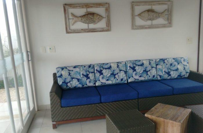 Reforma de sofá de Vime no tecido Acquablock Santorine Azul e Duna Marinho