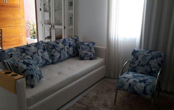 Reforma de Sofá com tecido Courvin Náutico Branco, Almofadas do encosto e Poltrona  com tecido Acquablock Impermeável Santorini Azul