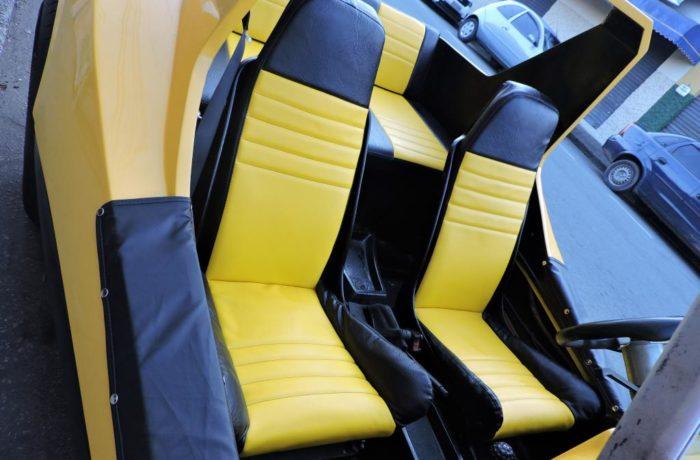Reforma de Bancos do Buggy no tecido Courvin Automotivo Preto e Amarelo