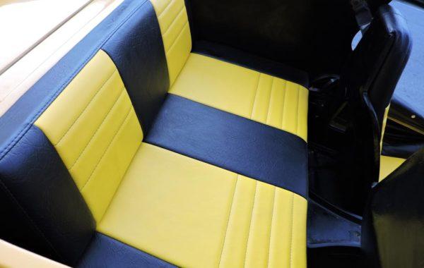 Reforma de Banco Traseiro do Buggy no tecido Courvin Automotivo Preto e Amarelo